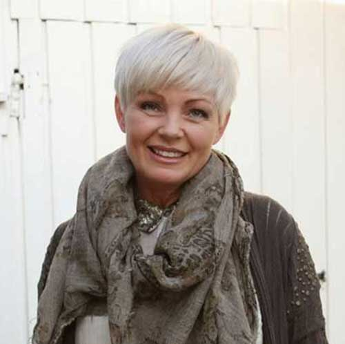 Short Pixie Cuts for Round Faces Older Women