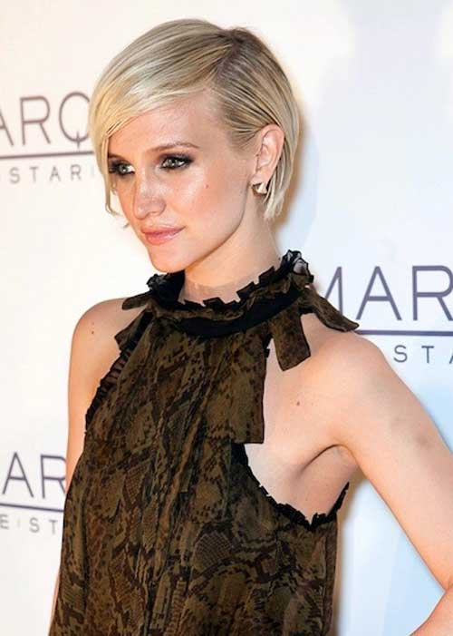 Ashlee Simpson Fine Pixie Cut