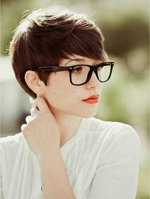 Best Pixie Cut for Round Faces