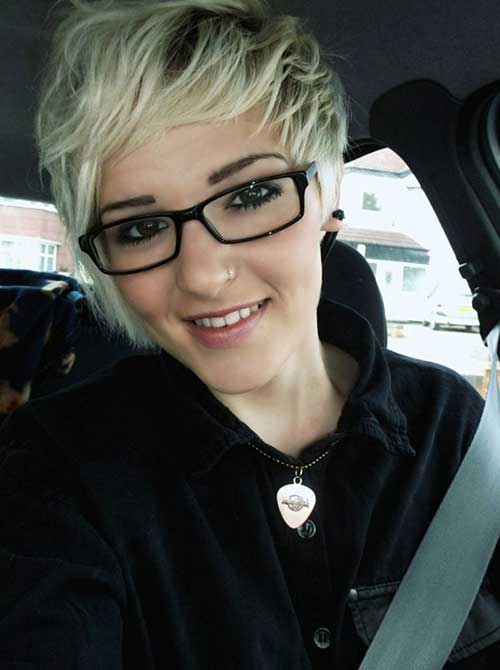 Best Short Blonde Pixie Hair for Girls