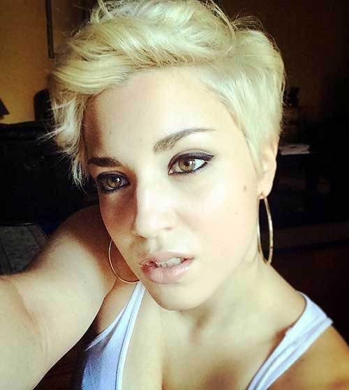 Blonde Hair Wavy Pixie Cut Styles