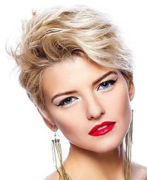 Blonde Wavy Pixie Cut Cuts
