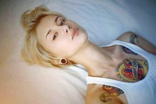 Cropped Blondie Pixie Hairstyles