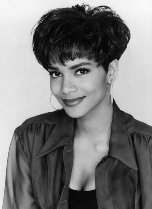Halle Berry Cute Pixie Cut Styles