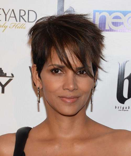Halle Berry Chic Pixie Cuts
