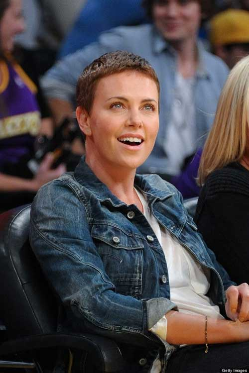 Charlize Theron Stylish Pixie Cuts