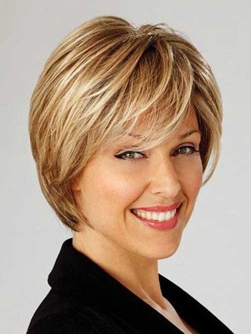 Nice Layered Pixie Haircut for Oval Face