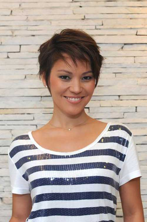 Medium Straight Pixie Hair Cuts