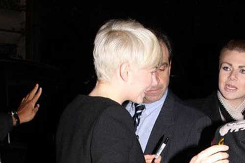 Michelle Williams Pixie Hair Back View