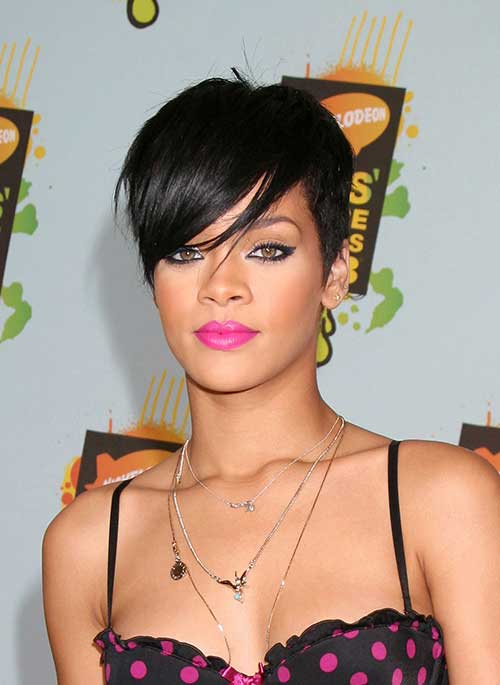 Rihanna Pixie Cut Oval Face