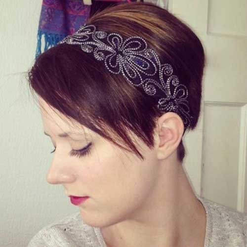 Best Pixie Cut with Accessories