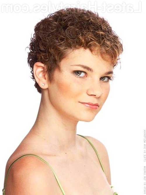 Cute Pixie Haircut for Curly Hair