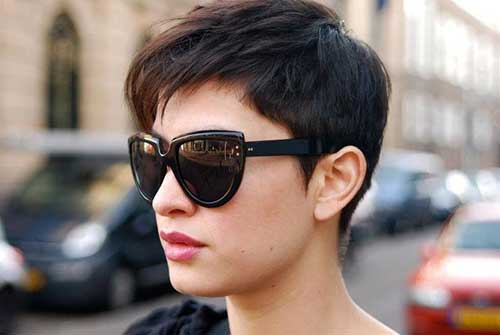 Boyish Razor Cut Pixie Haircut