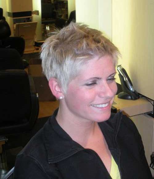 Short Nice Blonde Pixie Cuts
