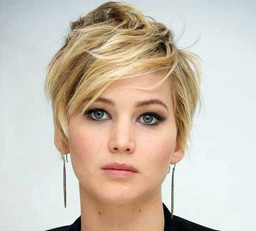 Celebrity Pixie Cuts-24