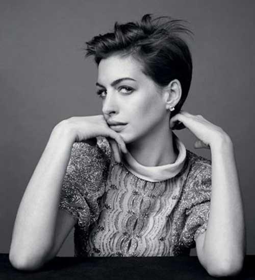 Anne Hathaway Pixie Haircuts-10
