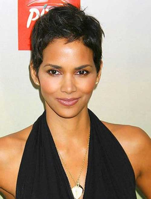 Pixie Cuts Halle Berry-10
