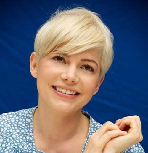Pixie Cut Michelle Williams-11