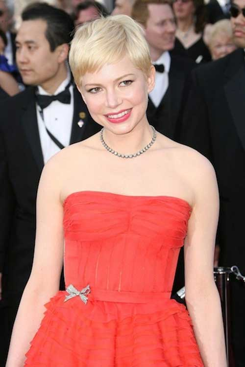 Pixie Cut Michelle Williams-12