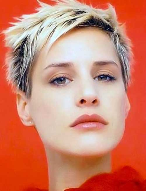 Spiky Pixie Cuts-12