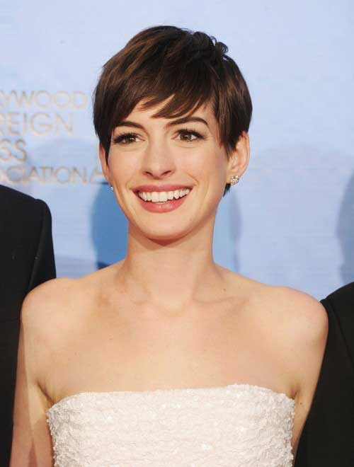 Anne Hathaway Pixie Haircuts-13