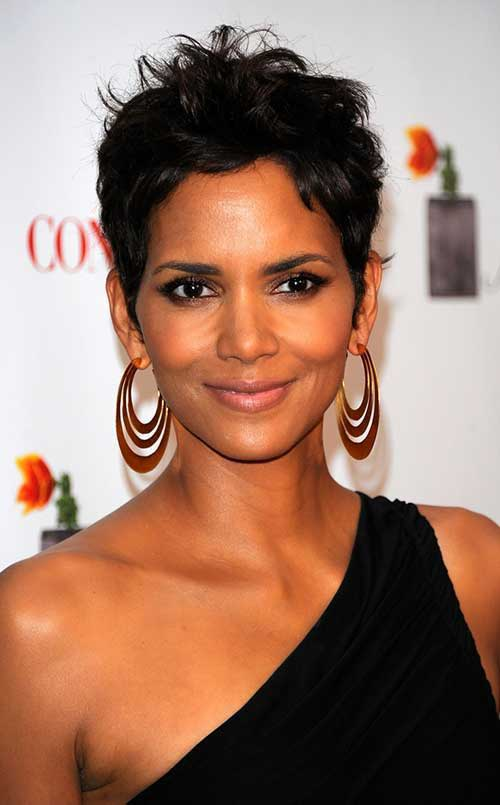 Pixie Cuts Halle Berry-13
