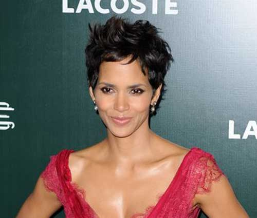 Pixie Cuts Halle Berry-16