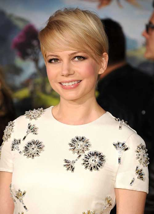 Pixie Cut Michelle Williams-19
