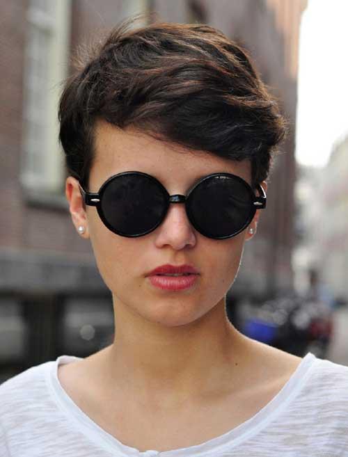 Pixie Haircuts for Wavy Hair-20