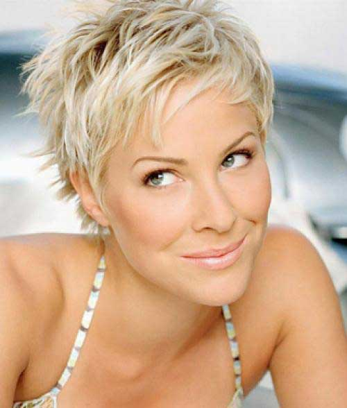 Spiky Pixie Cuts-21