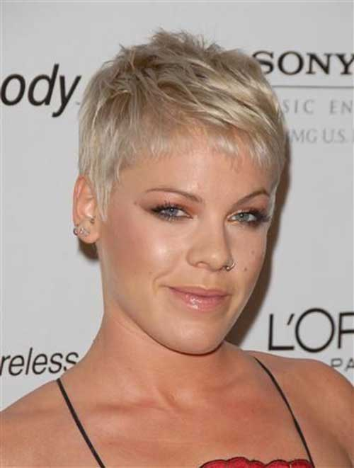 Short Pixie Hairstyles-23