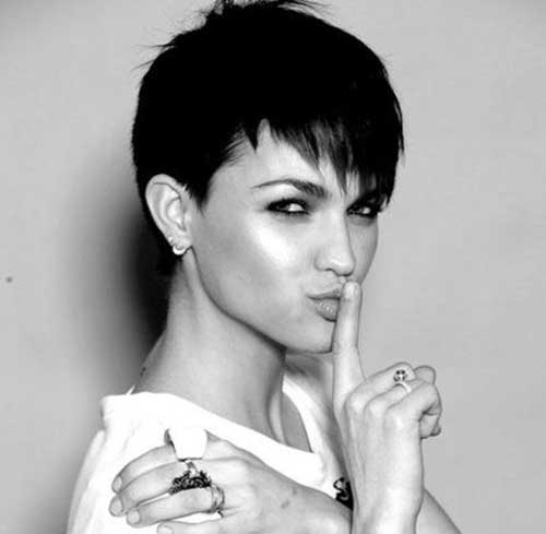 Pixie Haircut Pictures-25