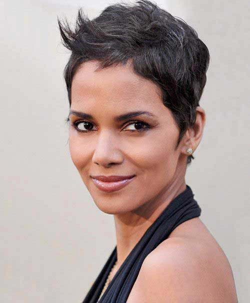 Pixie Cuts Halle Berry-6