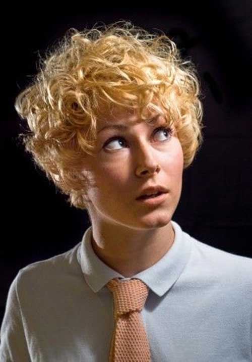 Curly Pixie Cuts-17